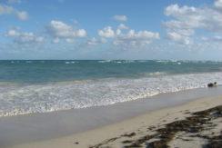 HGTV's Beachfront Bargain Hunt - Casa Chaparral