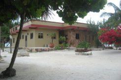 Casa Roja Costa Maya